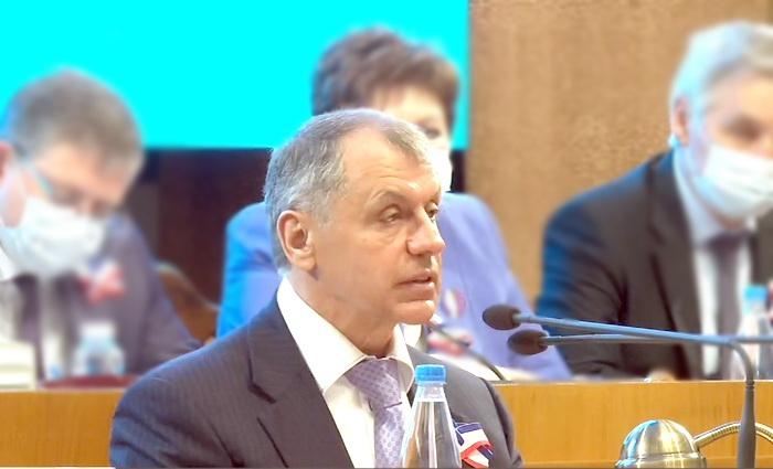 Крымский парламент: о силе в прошлом и уверенности в будущем