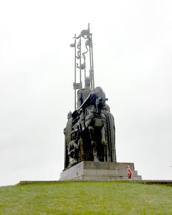 Памятник Александру Невскому на Соколихе