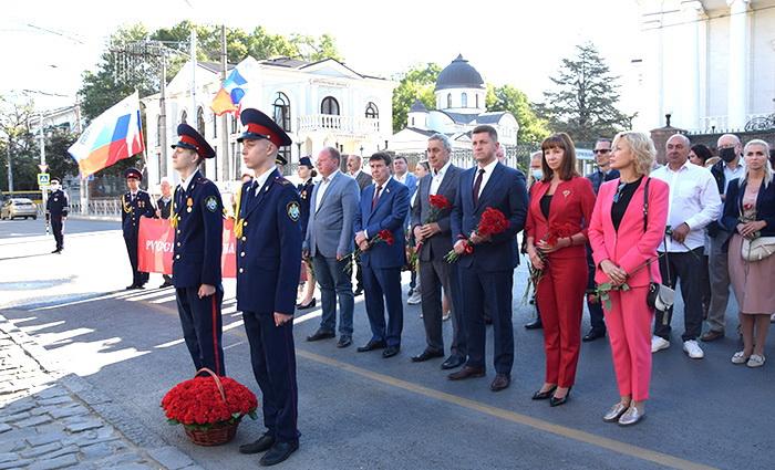 В Симферополе почтили память воинов Русской армии, павших в Крымской войне 1853-1856 годов
